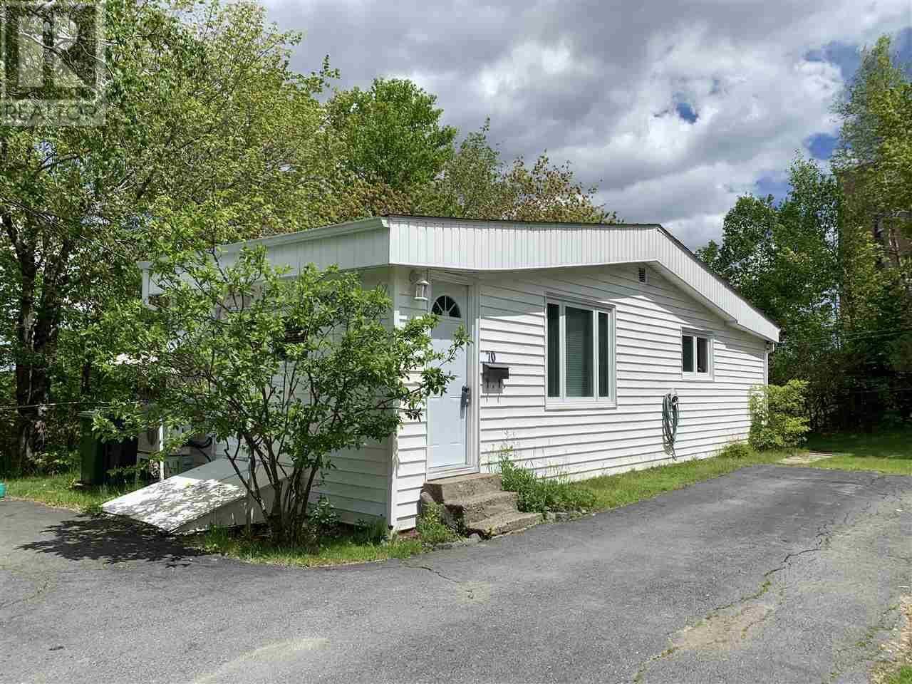 House for sale at 70 Margaret Rd Halifax Nova Scotia - MLS: 201914906