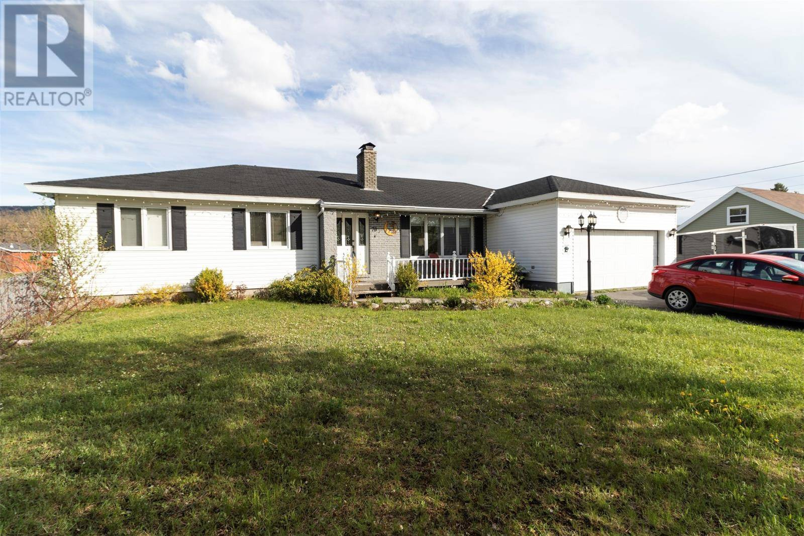 House for sale at 70 Midland Rw Pasadena Newfoundland - MLS: 1192693