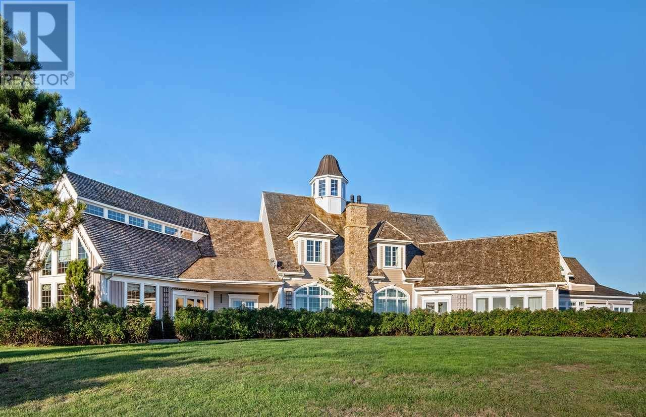 House for sale at 700 Blue Rocks Rd Lunenburg Nova Scotia - MLS: 201826116