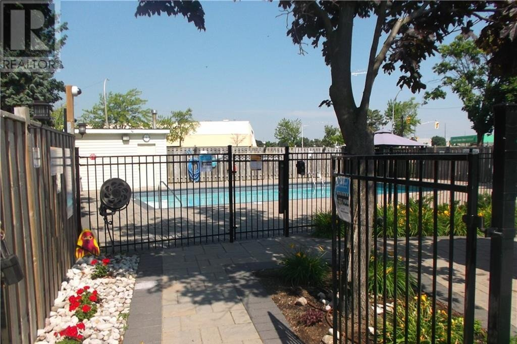 Condo for sale at 700 Dynes Rd Burlington Ontario - MLS: 40048000