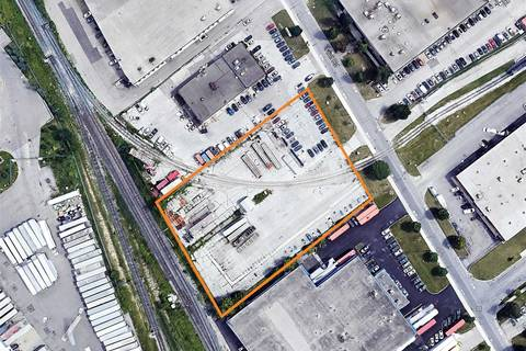 Commercial property for sale at 700 Flint Rd Toronto Ontario - MLS: W4678877