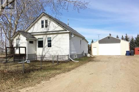House for sale at 700 Railway Ave Elbow Saskatchewan - MLS: SK767051