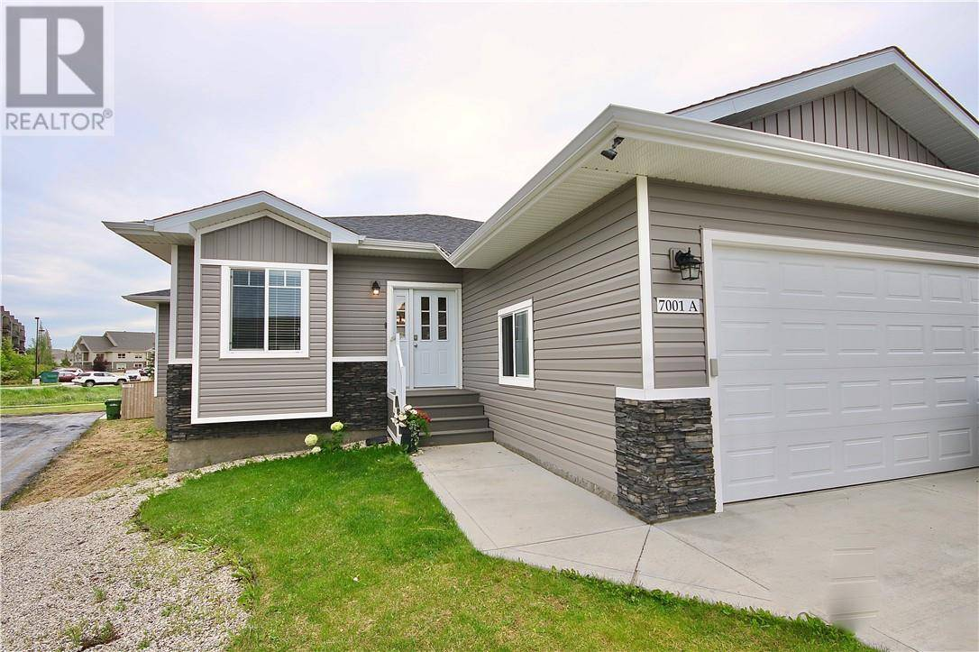 House for sale at 7001 49a Ave Camrose Alberta - MLS: ca0174791