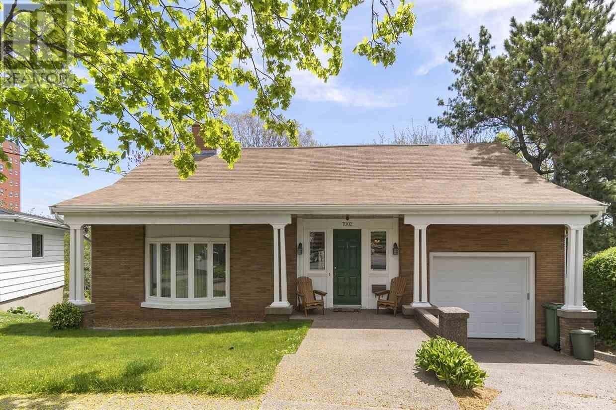 House for sale at 7002 Fielding Ave Halifax Peninsula Nova Scotia - MLS: 202009108