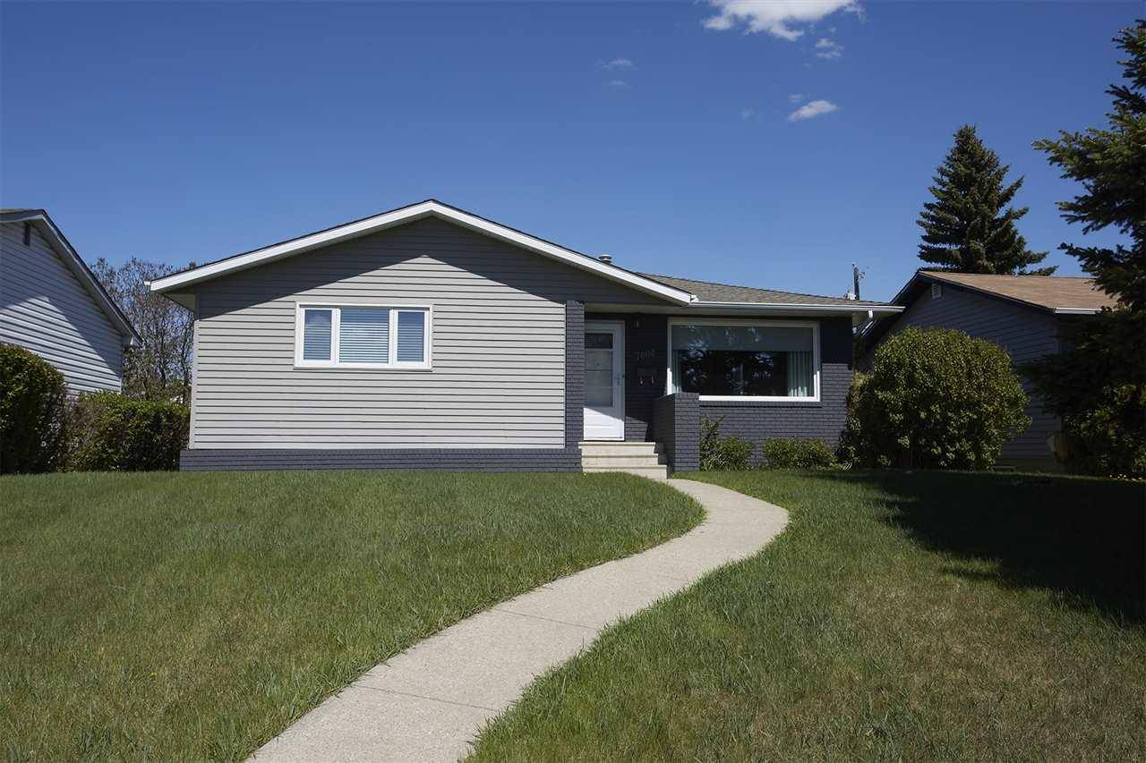 House for sale at 7004 100 Ave Nw Edmonton Alberta - MLS: E4166611