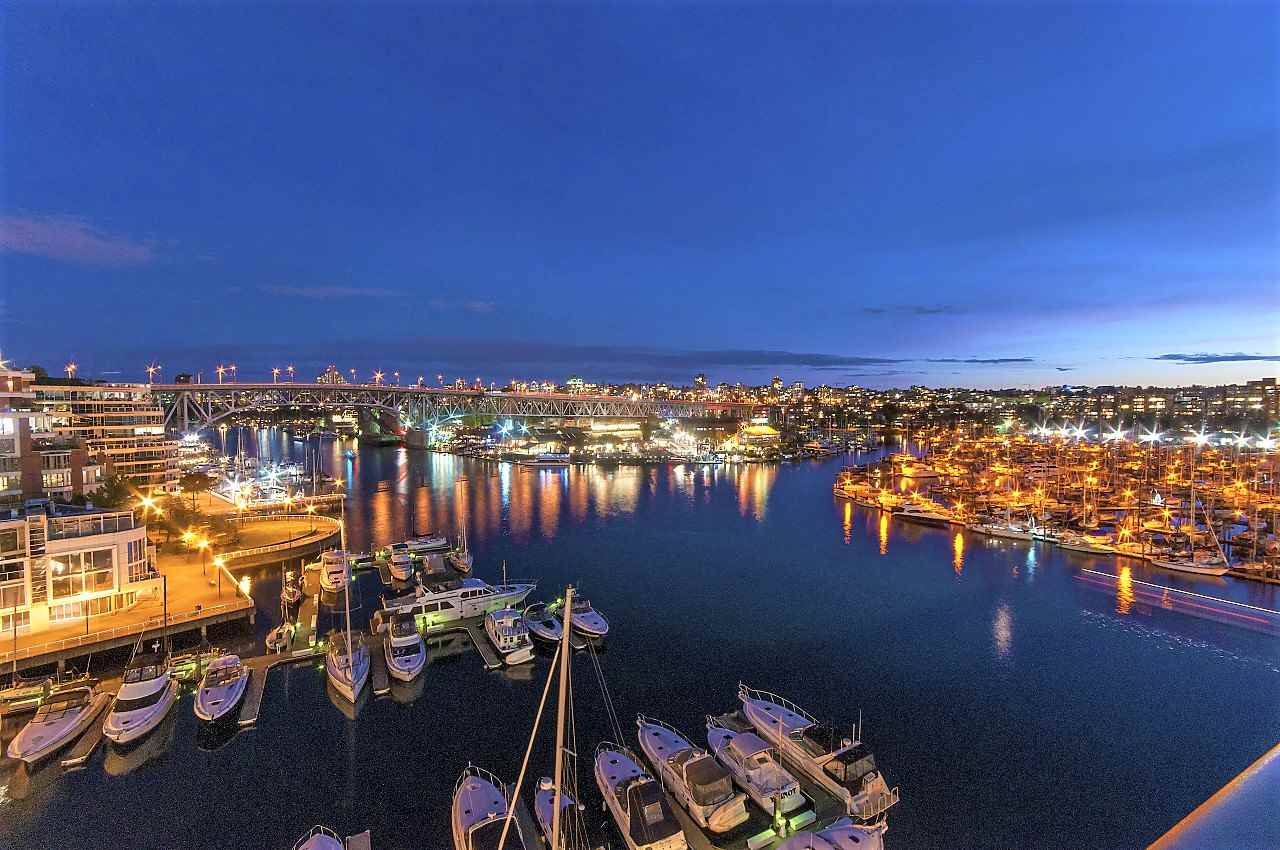 For Sale: 1012 Beach Avenue, Vancouver, BC | 3 Bed, 4 Bath Condo for $5,388,000. See 20 photos!