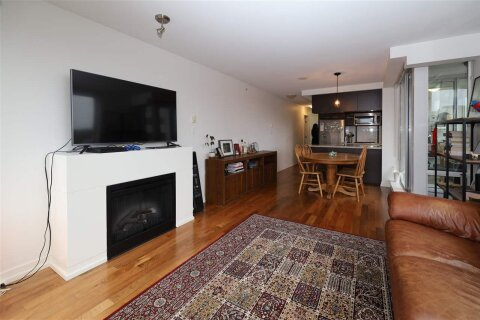 Condo for sale at 1690 8th Ave W Unit 701 Vancouver British Columbia - MLS: R2517833