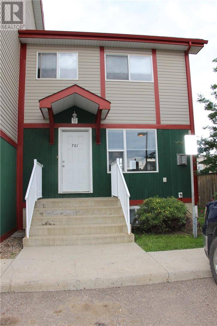 Townhouse for sale at 201 Arabian Dr Unit 701 Fort Mcmurray Alberta - MLS: fm0182684