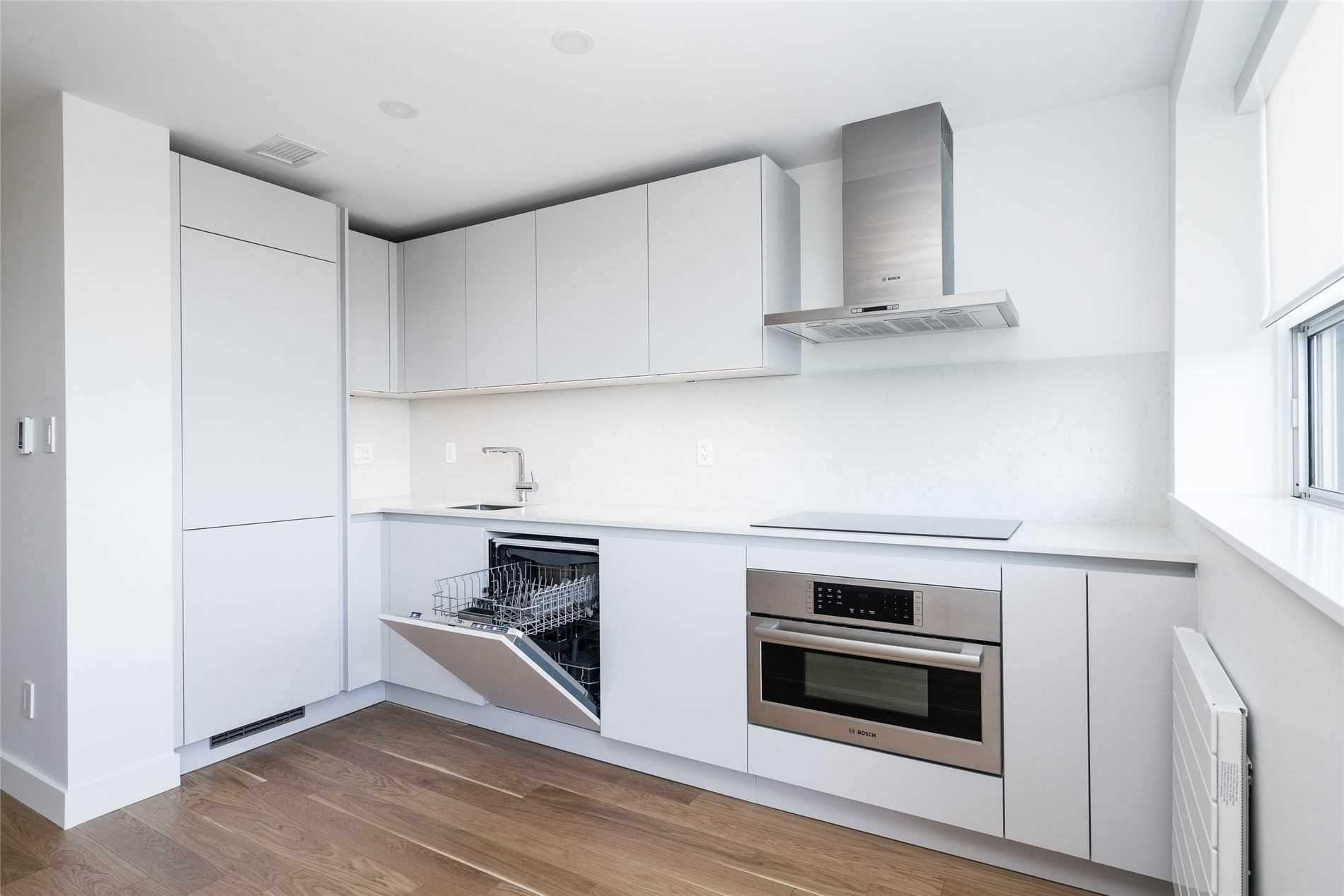 701 - 365 Eglinton Avenue, Toronto — For Rent @ $2,425 ...