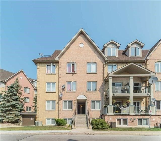 For Sale: 701 - 75 Weldrick Road, Richmond Hill, ON | 3 Bed, 3 Bath Townhouse for $568,888. See 8 photos!