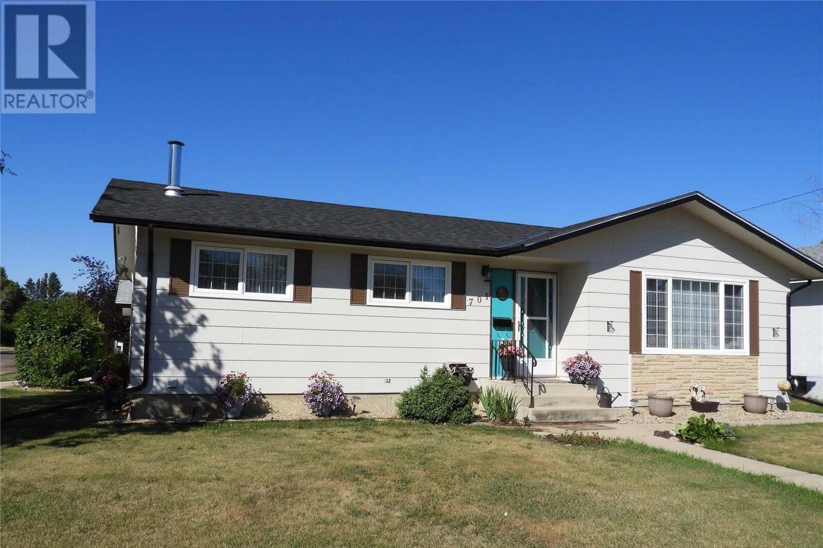 House for sale at 701 Academy Pl Rosthern Saskatchewan - MLS: SK826032