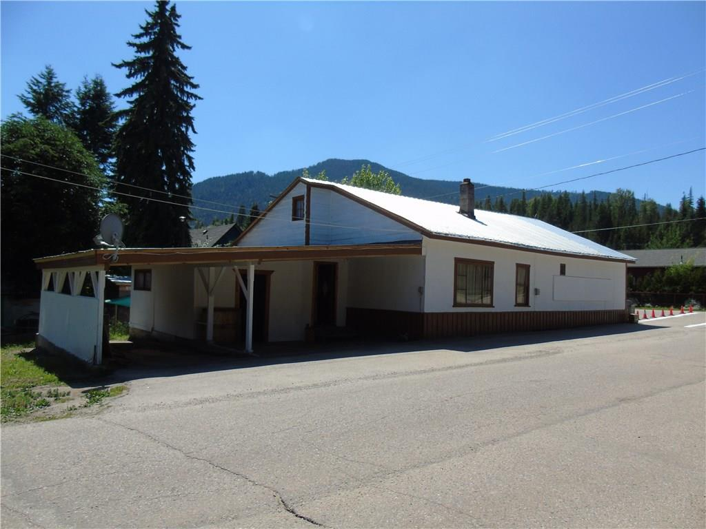 Removed: 701 Glendale Avenue, Salmo, BC - Removed on 2020-01-01 05:24:04