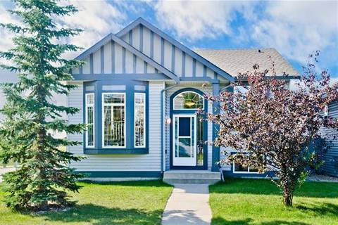 House for sale at 701 Willowbrook Rd Northwest Airdrie Alberta - MLS: C4263883