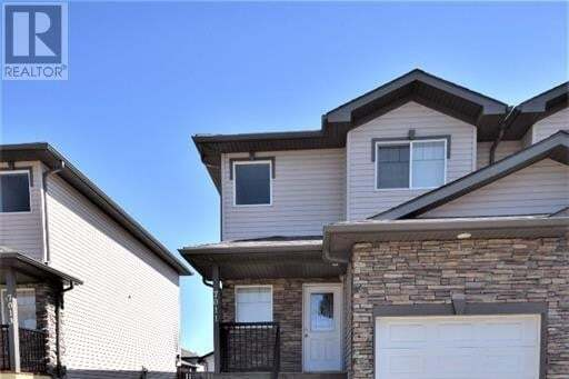 Townhouse for sale at 7011 112 St Grande Prairie Alberta - MLS: GP215340