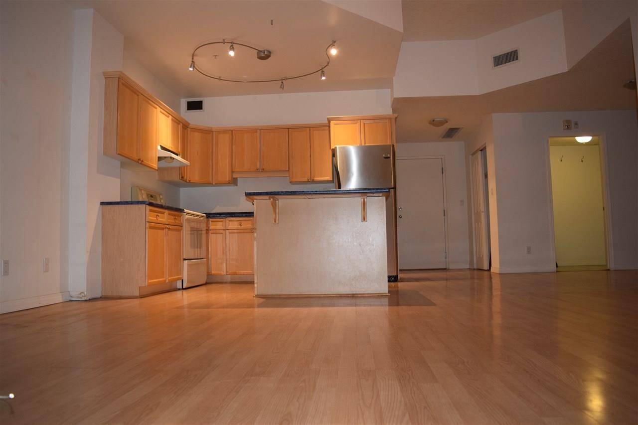 Condo for sale at 10106 105 St Nw Unit 702 Edmonton Alberta - MLS: E4177162