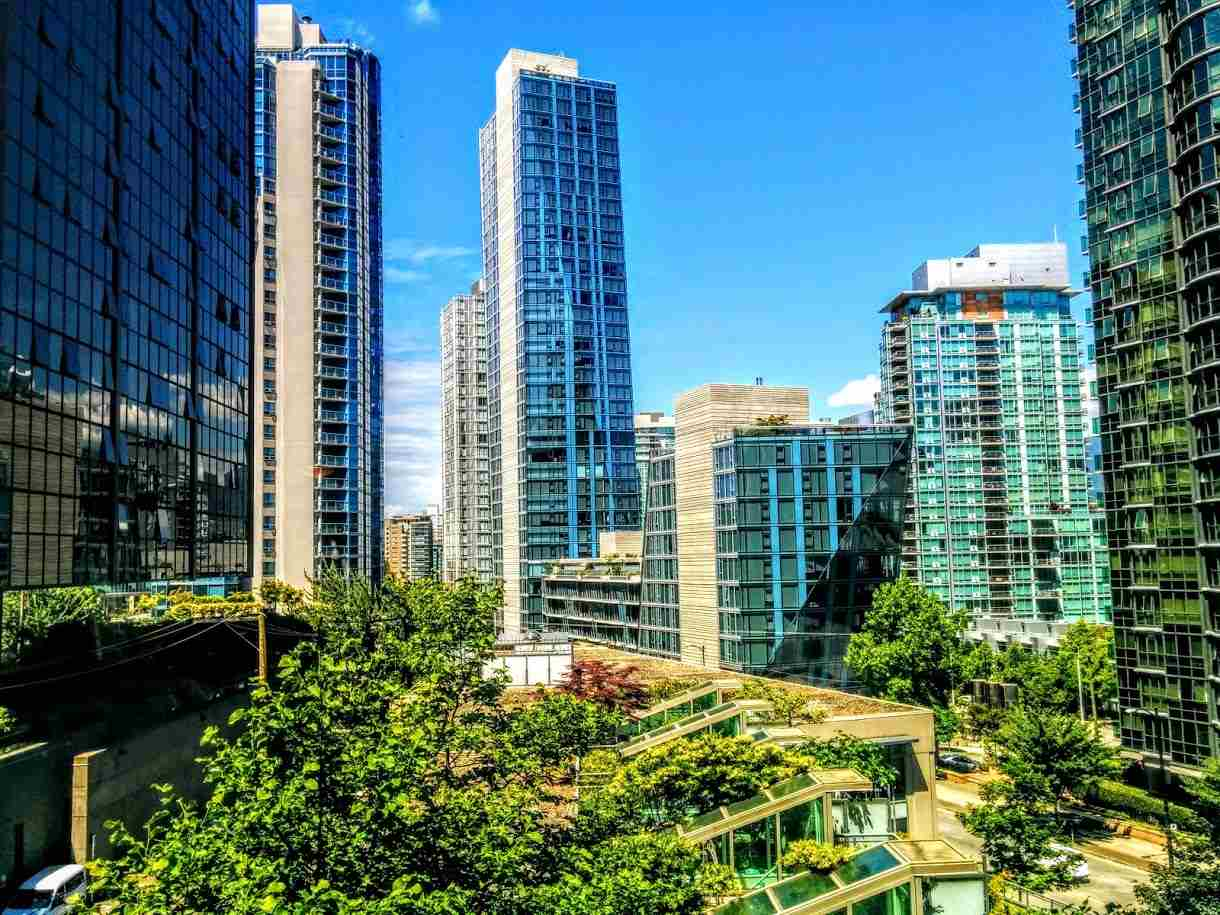 Sold: 702 - 1328 W Pender Street, Vancouver, BC