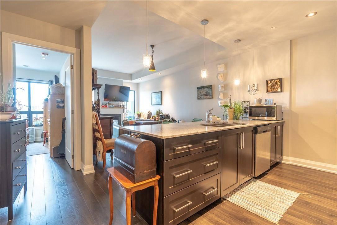 Apartment for rent at 181 James St N Unit 702 Hamilton Ontario - MLS: H4075786