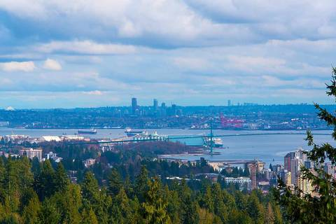 Condo for sale at 3335 Cypress Pl Unit 702 West Vancouver British Columbia - MLS: R2344992