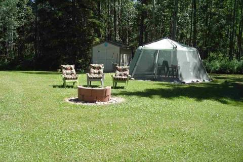 Home for sale at 702 Bonnie Dr Rural Wetaskiwin County Alberta - MLS: E4157601