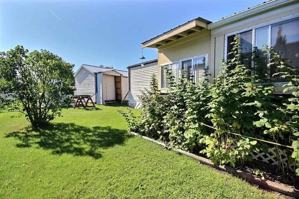 Home for sale at 702 Evergreen Wy Ne Edmonton Alberta - MLS: E4173423