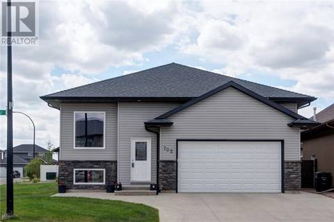 House for sale at 702 Patrick By Saskatoon Saskatchewan - MLS: SK776918