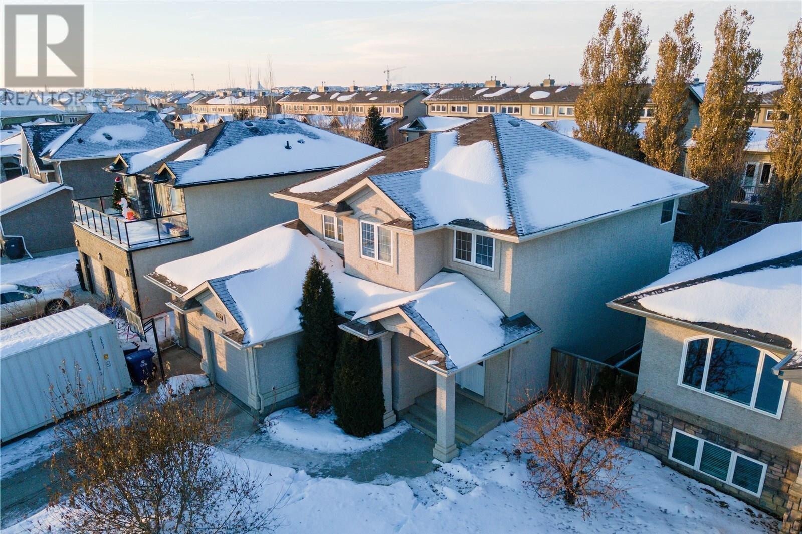 House for sale at 702 Van Impe Ct Saskatoon Saskatchewan - MLS: SK838785