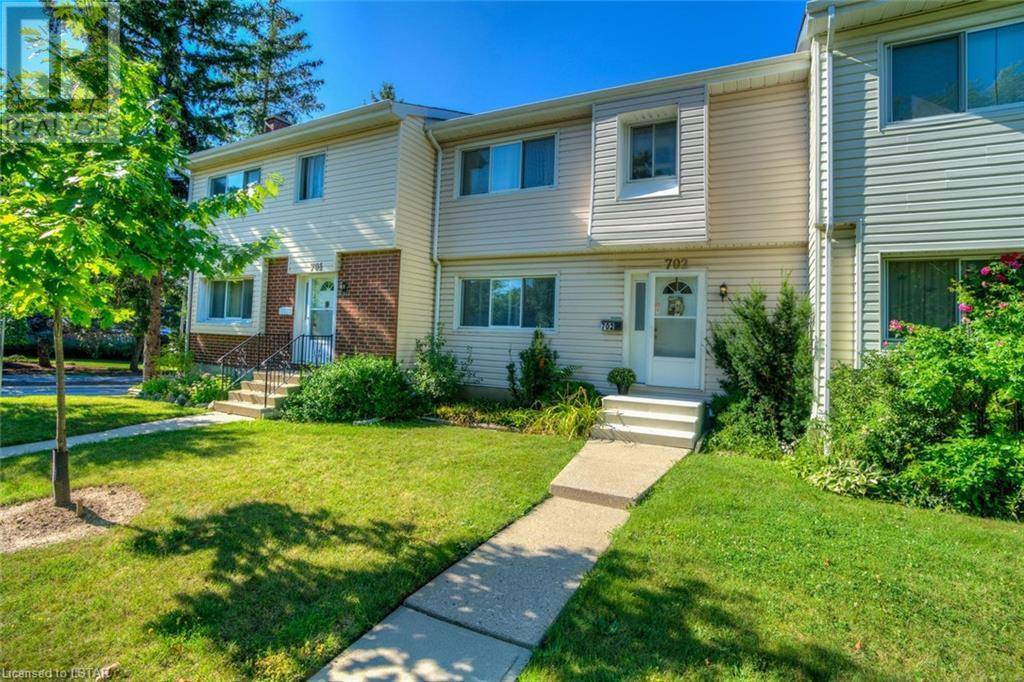 Townhouse for sale at 702 Wilkins St London Ontario - MLS: 217309