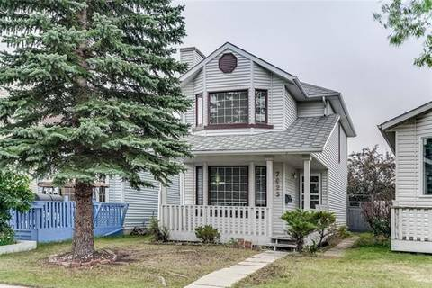 House for sale at 7025 Laguna Wy Northeast Calgary Alberta - MLS: C4263517