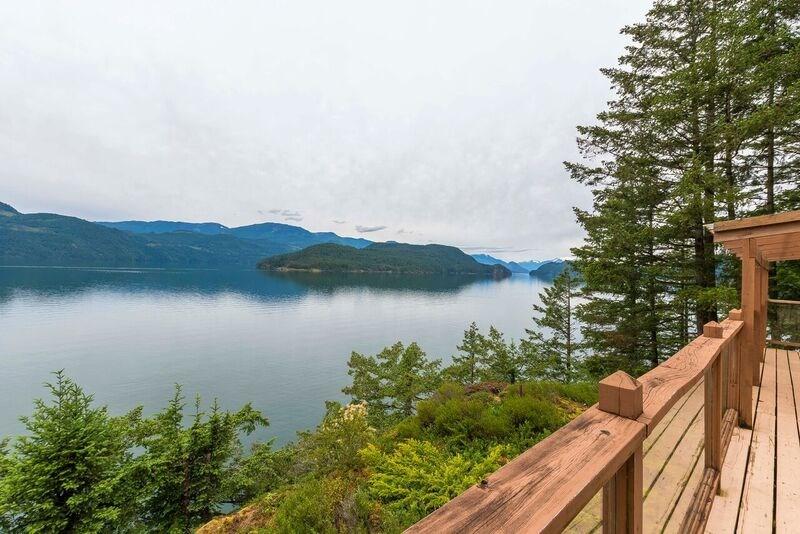 Removed: 7025 Rockwell Drive, Harrison Hot Springs, BC - Removed on 2018-11-13 19:24:04