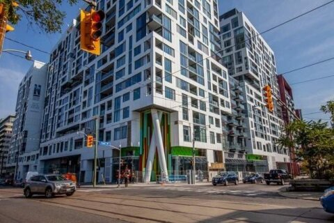 702W - 27 Bathurst Street, Toronto | Image 1