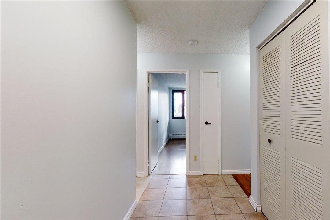 Condo for sale at 10175 109 St NW Unit 703 Edmonton Alberta - MLS: E4218165