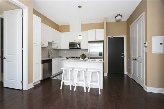 For Sale: 703 - 15277 Yonge Street, Aurora, ON | 2 Bed, 2 Bath Condo for $649,990. See 20 photos!