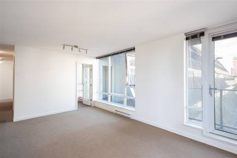 Condo for sale at 233 Robson St Unit 703 Vancouver British Columbia - MLS: R2378556