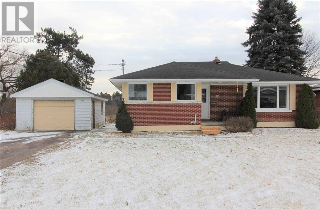 House for sale at 703 Bruham Ave Pembroke Ontario - MLS: 1177582