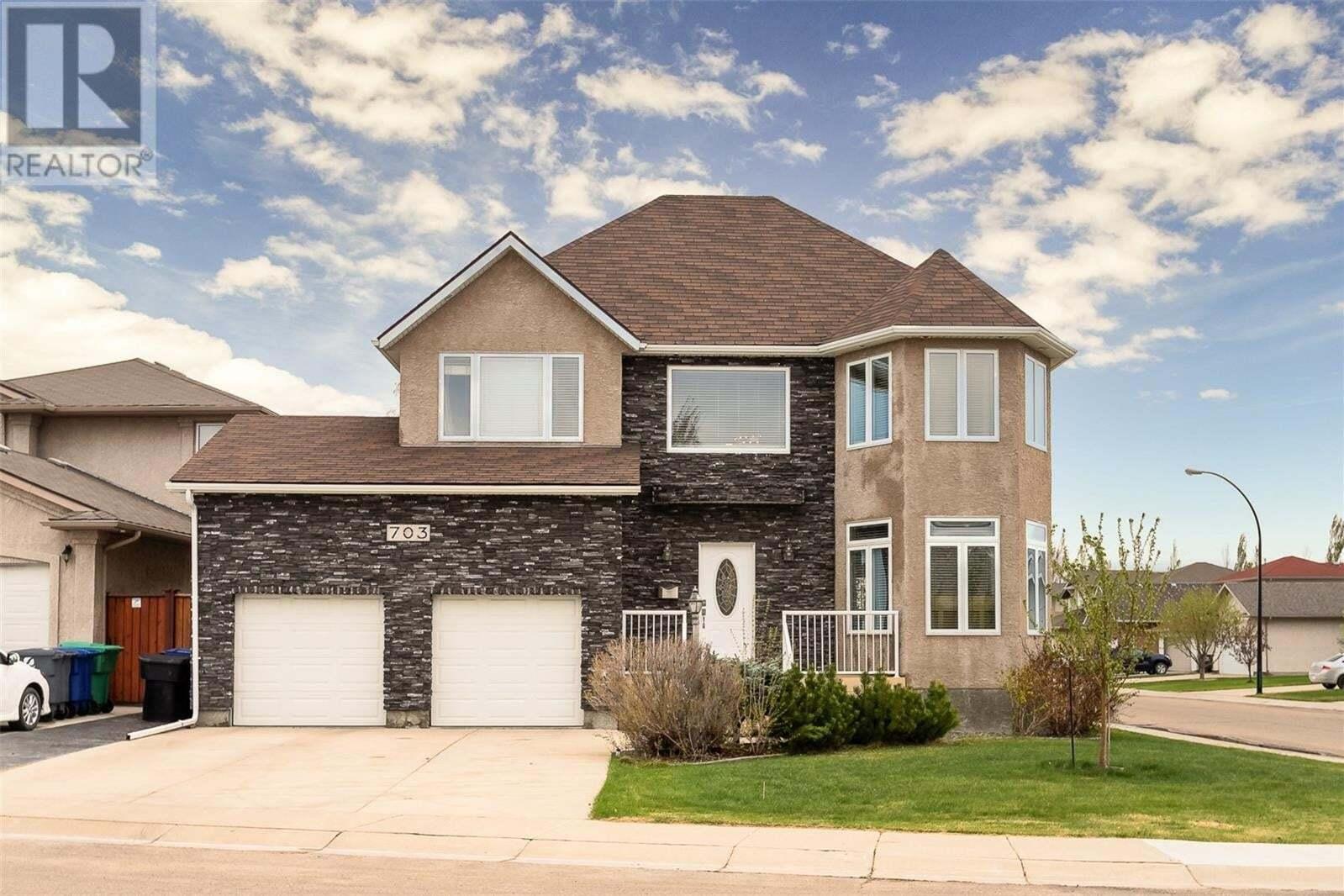 House for sale at 703 Greaves Cres Saskatoon Saskatchewan - MLS: SK809068