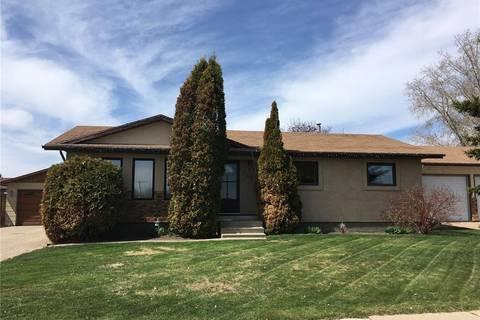 House for sale at 703 Rupert Pl Esterhazy Saskatchewan - MLS: SK772334
