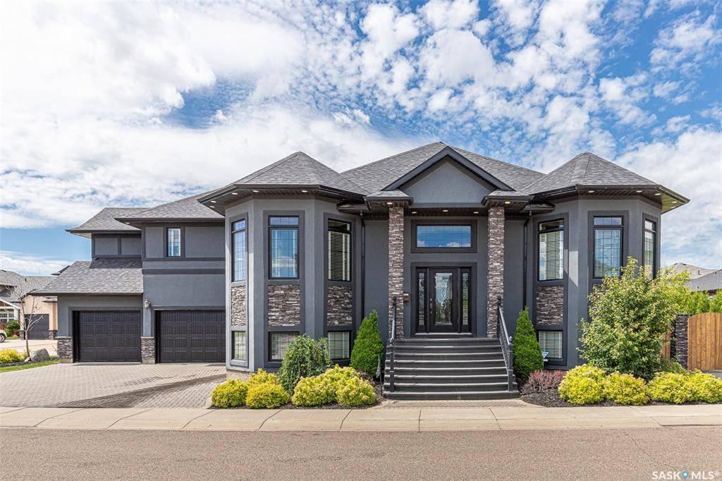 House for sale at 703 Wilkins By Saskatoon Saskatchewan - MLS: SK793417