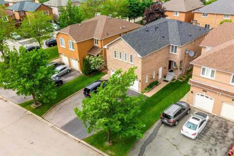 Townhouse for sale at 7035 Dunrobin Wy Mississauga Ontario - MLS: W4779176