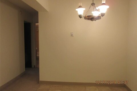 Apartment for rent at 3100 Kirwin Ave Unit 704 Mississauga Ontario - MLS: W4966945