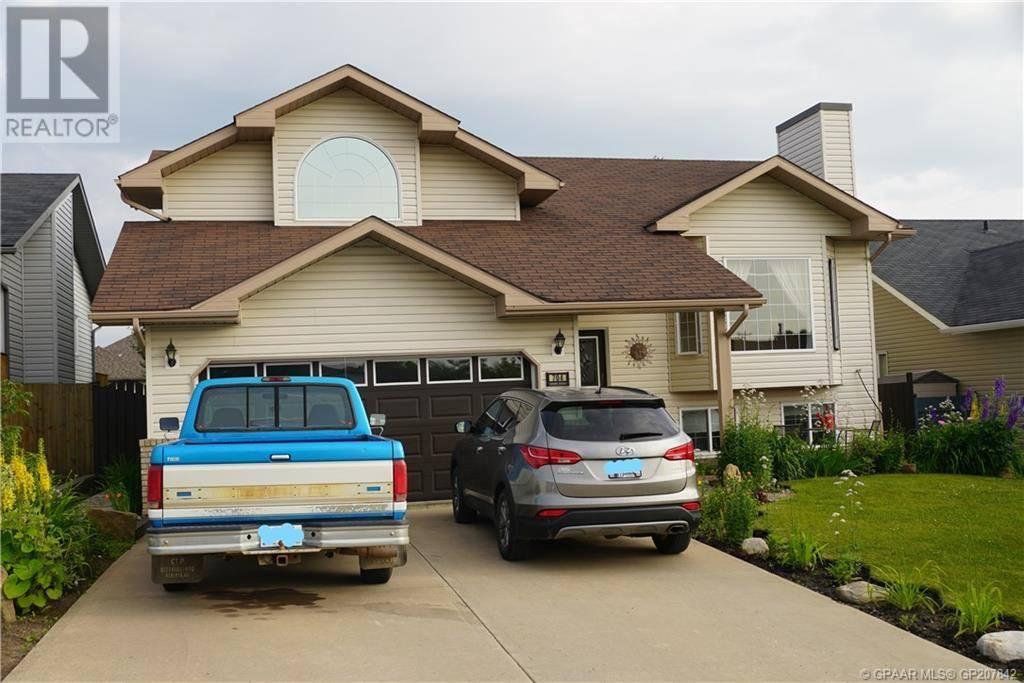 House for sale at 704 7 St Beaverlodge Alberta - MLS: GP207842