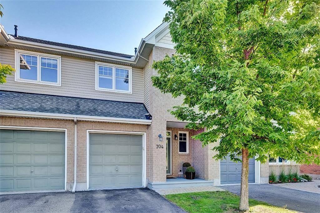 Townhouse for sale at 704 Cedar Creek Dr Ottawa Ontario - MLS: 1168847