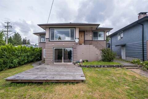House for sale at 704 4th St E North Vancouver British Columbia - MLS: R2465403