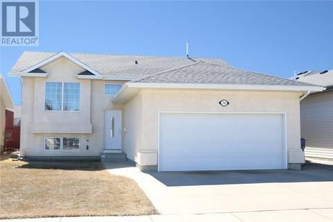 House for sale at 704 Ginther Pl Martensville Saskatchewan - MLS: SK777933