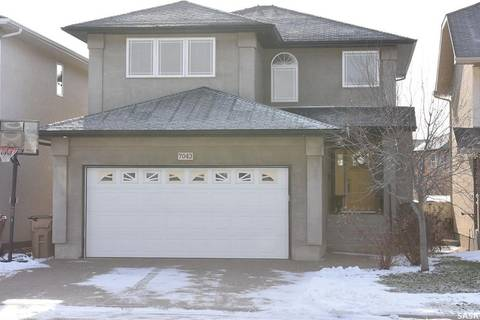 House for sale at 7043 Wascana Cove Dr Regina Saskatchewan - MLS: SK790965