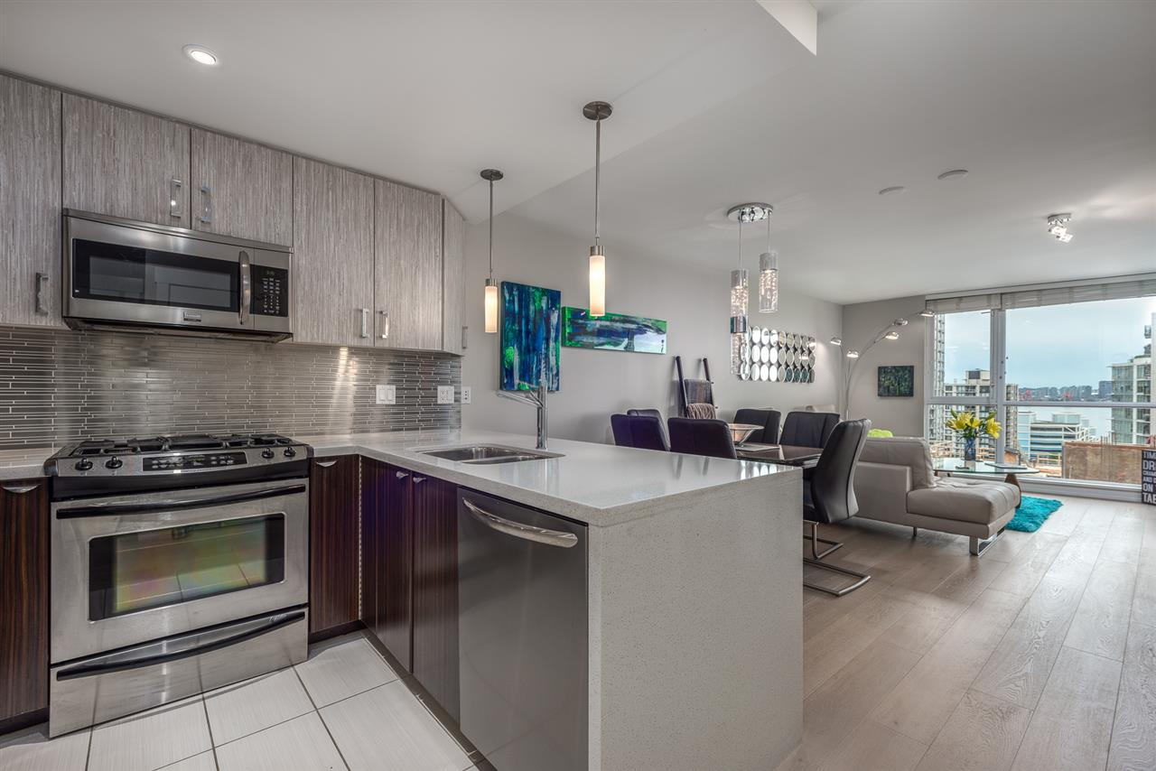 Buliding: 160 West 3rd Street, North Vancouver, BC
