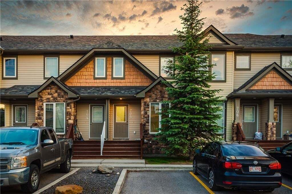 Townhouse for sale at 2445 Kingsland Rd SE Unit 705 Kings Heights, Airdrie Alberta - MLS: C4306186
