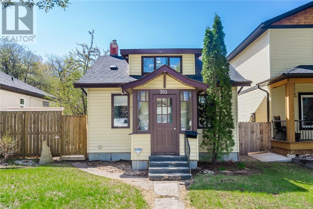 For Sale: 705 29th St W, Saskatoon, SK | 1 Bed, 1 Bath House for $219,800. See 32 photos!