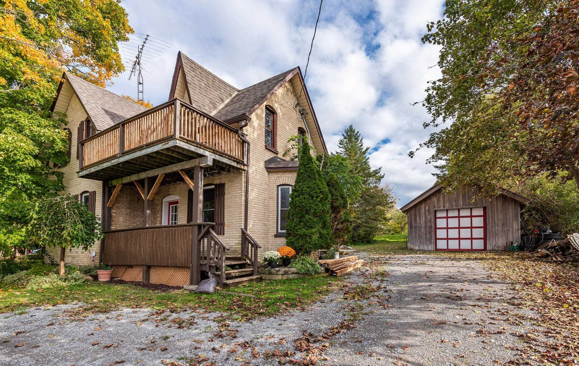 For Sale: 705 Ravenshoe Road, Uxbridge, ON | 2 Bed, 3 Bath House for $599000.00. See 33 photos!
