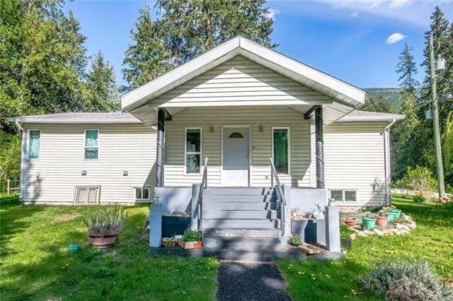 House for sale at 705 Swansea Point Rd Swansea Point British Columbia - MLS: 10177954
