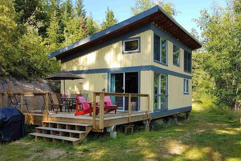 House for sale at 7050 Tyaughton Lake Rd No City Value British Columbia - MLS: R2395963